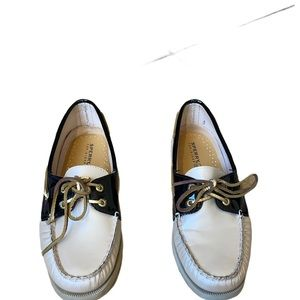 Sperry Top Siders - size 8